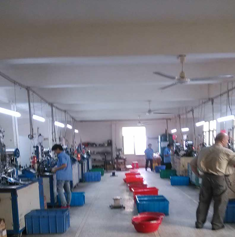 low-cost lip applicator brush factory bulk production
