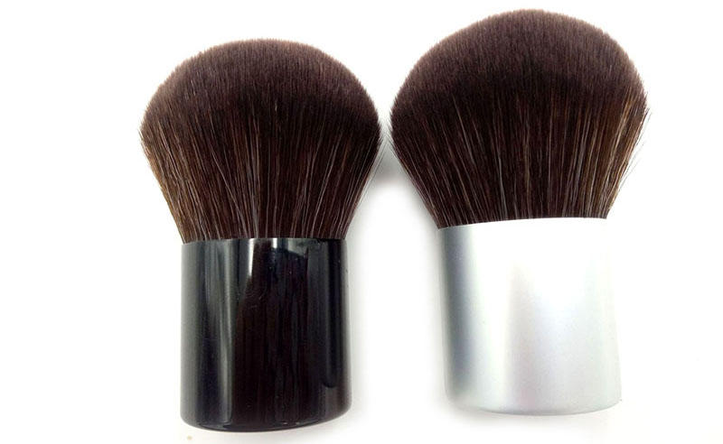 spn retractable cosmetic brush online for eyeshadow