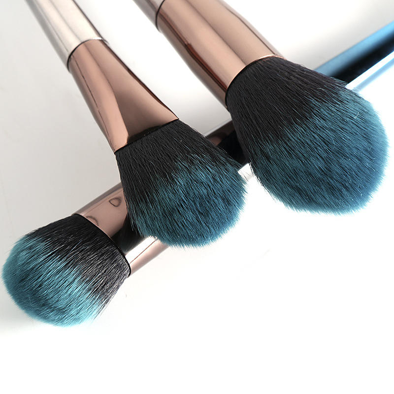 Suprabeauty complete makeup brush set with curved synthetic hair for artists