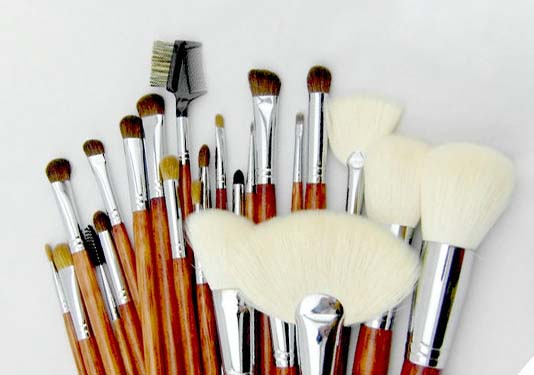best rated makeup brush sets with brush belt for artists Suprabeauty-1