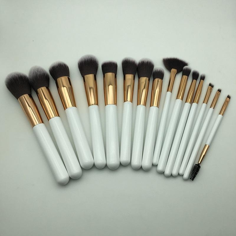 Please contact with us to get 15pcs make up brushes sets free
