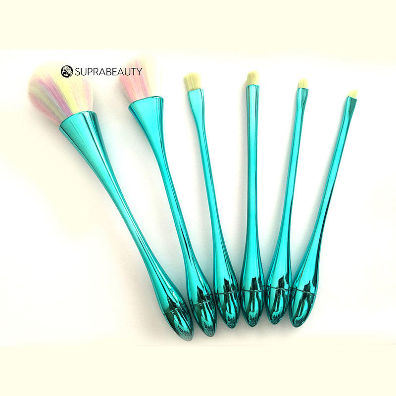 Cruelty free makeup brush kit