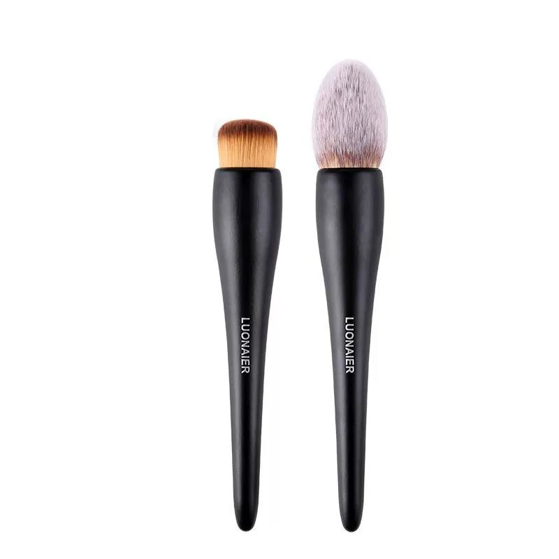 Single brush Suprabeauty soft vegan synthetic hair large makeup powder brush